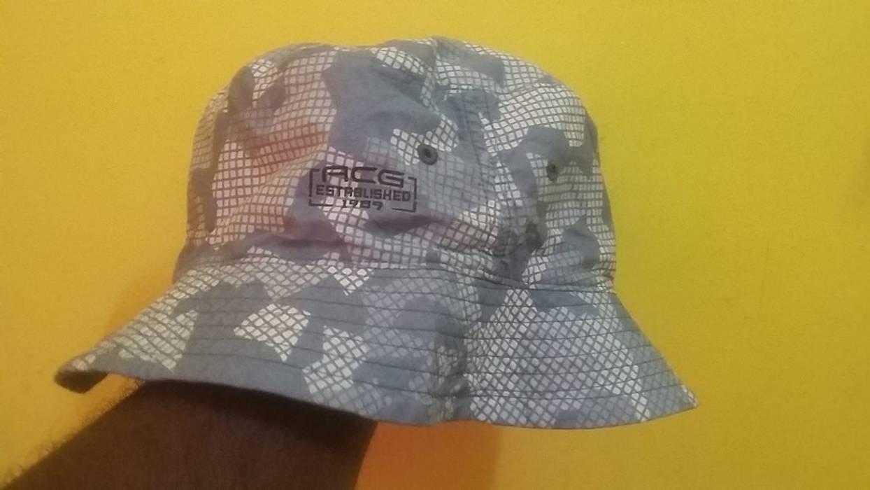 576c3c55cb0 Nike ACG Nike ACG bucket hat reversible Size one size - Hats for ...