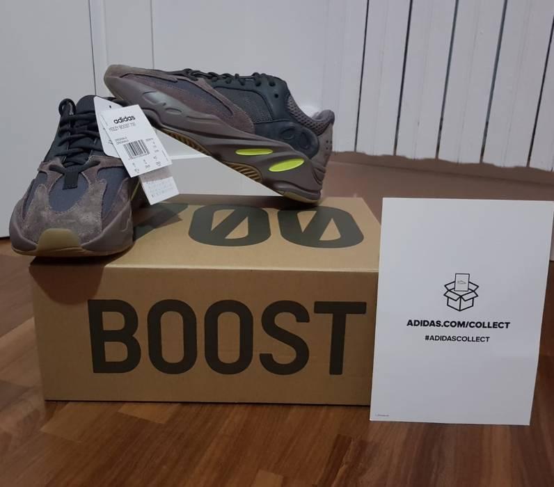 e0b4dbe91 Adidas Kanye West Yeezy 700 Mauve+Adidas collection Size US 8.5   EU 41-
