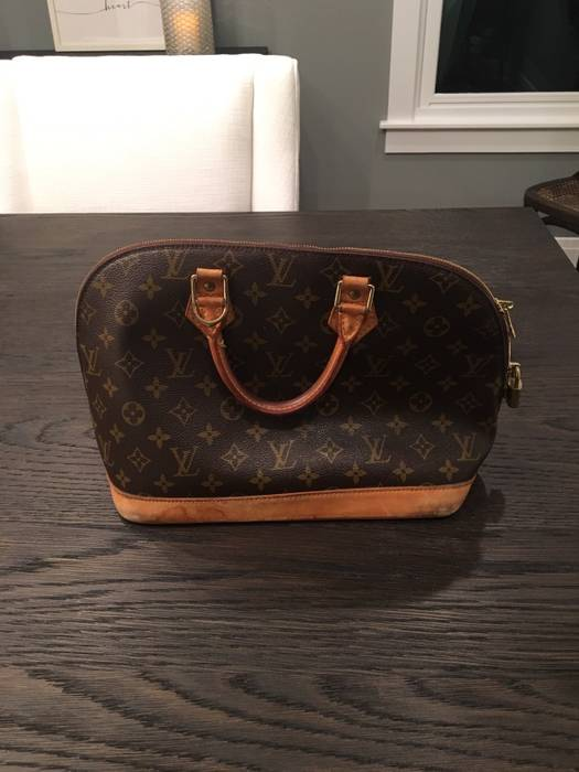 Louis Vuitton Very Used LV Bag Size one size - Bags   Luggage for ... de804fe6cd3d