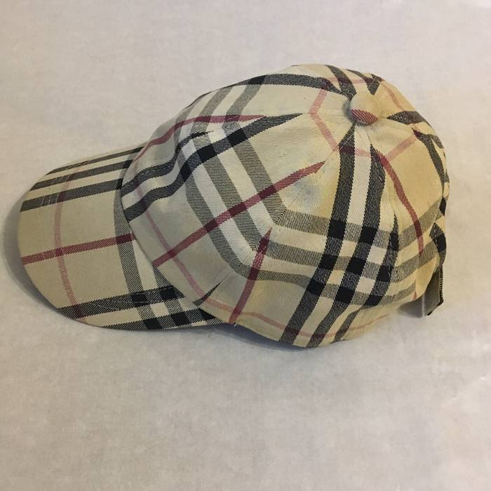 Burberry 💥Final Price Cap Burberry London Size one size - Hats for ... e17d51a4a4c