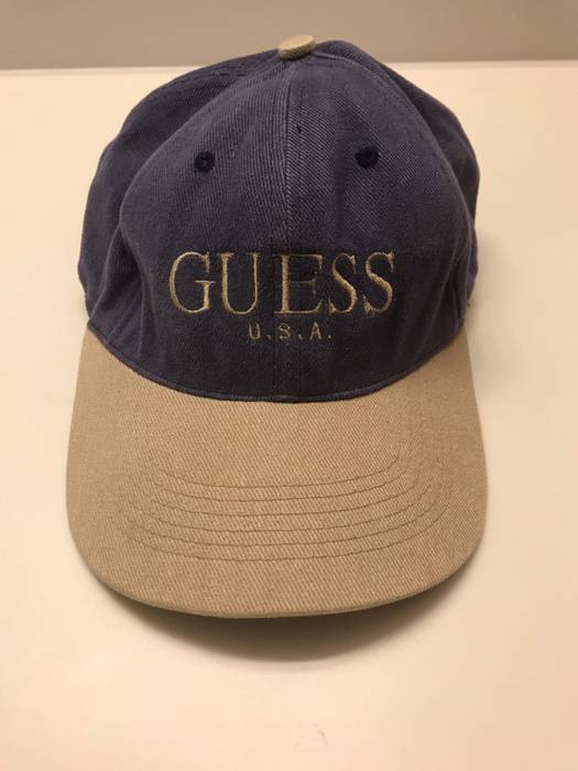 779cc05f0fc69 Vintage Vintage Guess SnapBack Size one size - Hats for Sale - Grailed