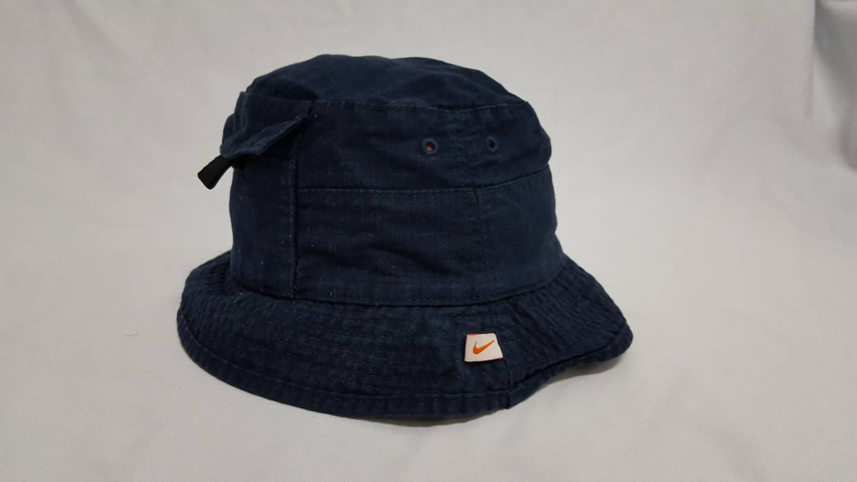 Nike Nike Air Bucket Hat Round Cap With Small Pocket Size one size ... 3910e60aa75