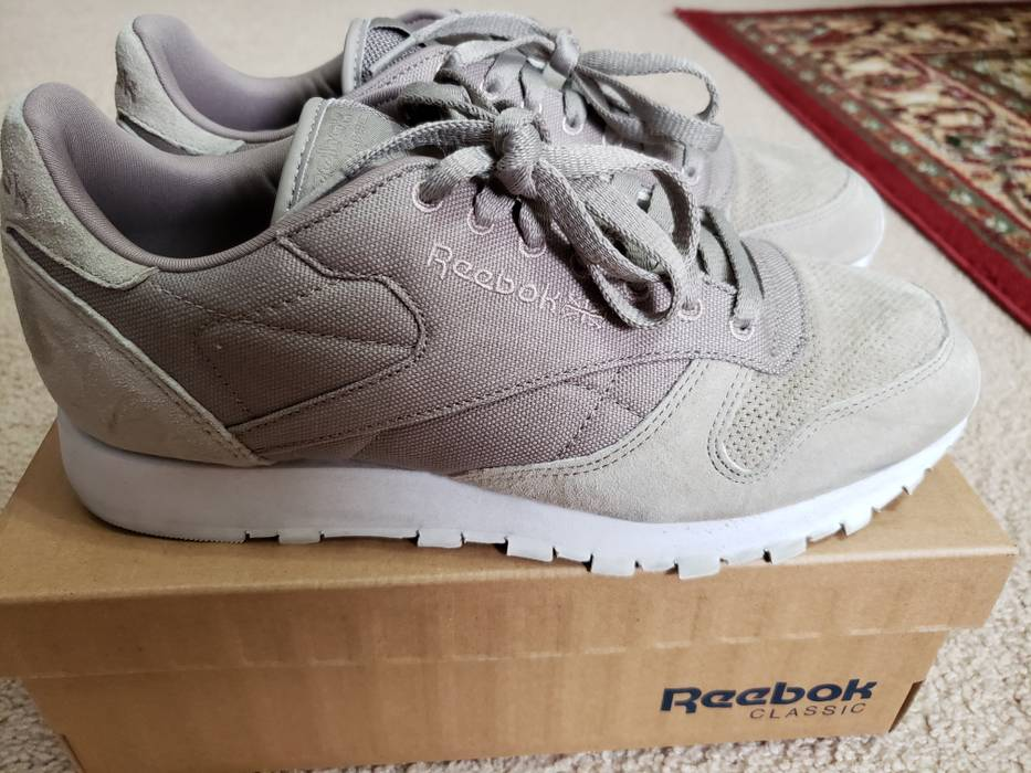 210cfe4594e9 Reebok Classic Leather CC Suede Beach Stone White Size 9 - Low-Top ...