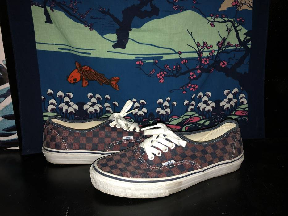 c451b351d59f Vans Authentic Checkerboard Size 9.5 - Low-Top Sneakers for Sale ...