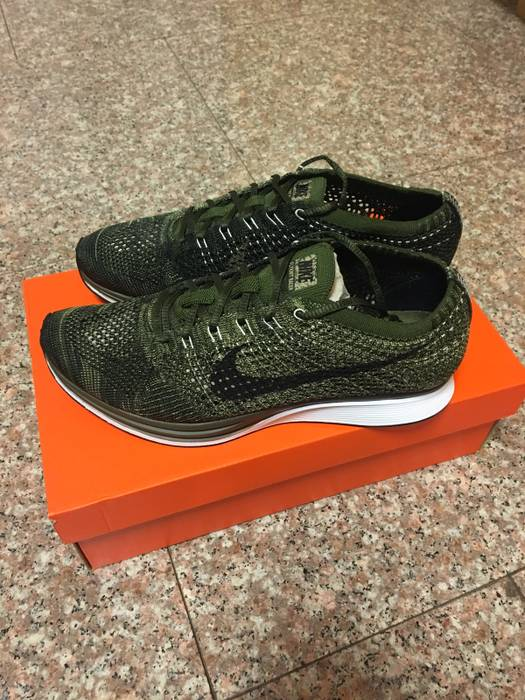 8b896bcc5a82 Nike Nike Flyknit Racer Earth Tones Rough Green Size 9 - Low-Top ...