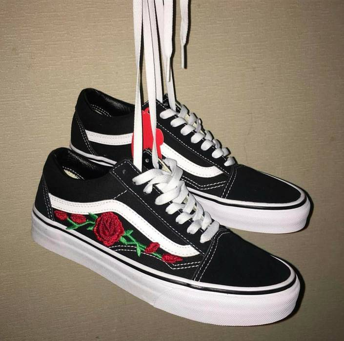 Vans Vans x Roses Gucci Custom sz.11 Size 11 - Low-Top Sneakers for ... 011ce3e06fe9