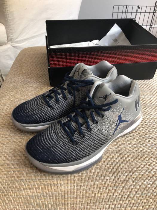 Jordan Brand. Air Jordan XXXI LOW (Georgetown 5f45b5f10e93
