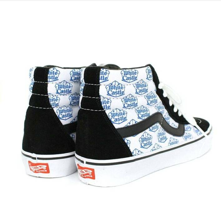 4c263a1108d Supreme Really rare shoes!!!!! Supreme x vans x white Castle Size ...
