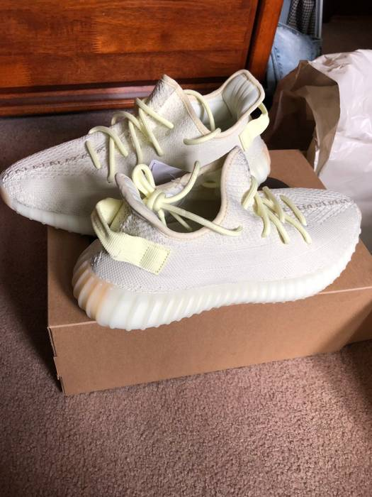6ed1ee580 Adidas Yeezy Boost 350 V2 Butter Size 10 Size 10 - Low-Top Sneakers ...
