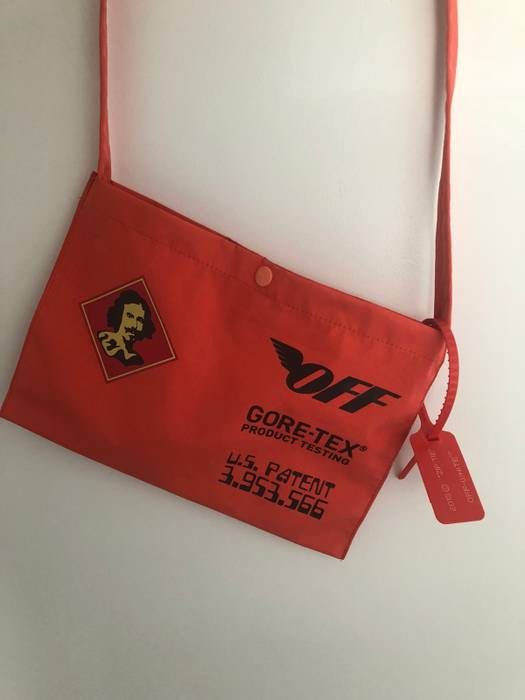 Off-White Side Bag Size one size - Bags   Luggage for Sale - Grailed 9da5ab743c5f7