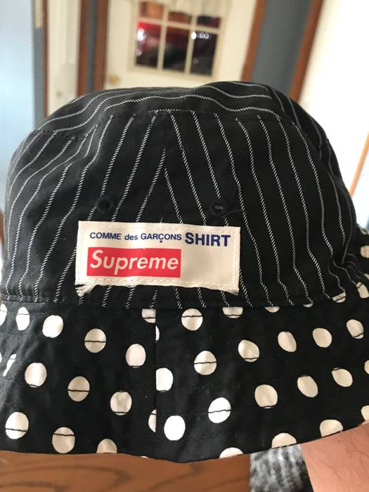 bc07bfc8e5f Supreme SUPREME x CDG BUCKET HAT Size one size - Hats for Sale - Grailed