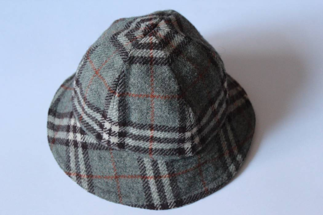 Burberry Burberry London Bucket hat Size one size - Hats for Sale ... 4fd5c5911d1