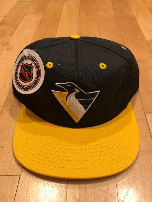 8f9a47c3 2ba87 6c62a; best price vintage vintage 90s nhl pittsburgh penguins dead  stock retro snapback cap size one size