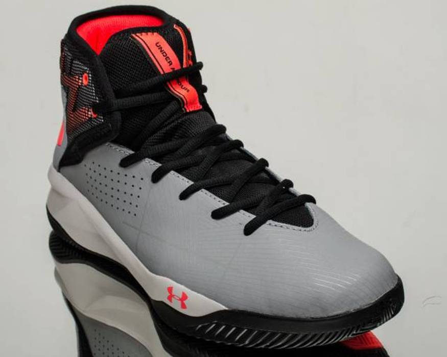 Under Armour 🔥 UNDER ARMOUR 🔥 Rocket 2 Basketball Trainers Shoes ... 501eb5c0b1dc