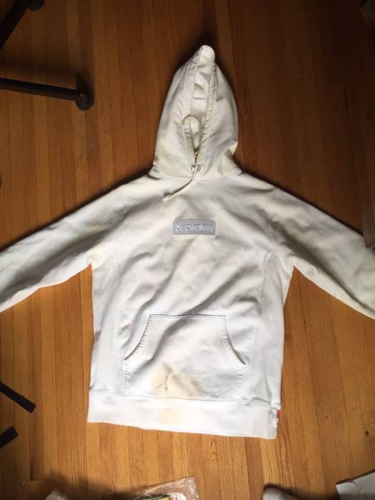 74161a45d901 Supreme White Tonal Box Logo Size l - Sweatshirts   Hoodies for Sale ...