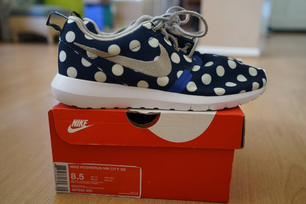 Nike Nike Roshe Run NY City Pack (polka dots) Sz 8.5 Size 8.5 - Low ... e355d173b