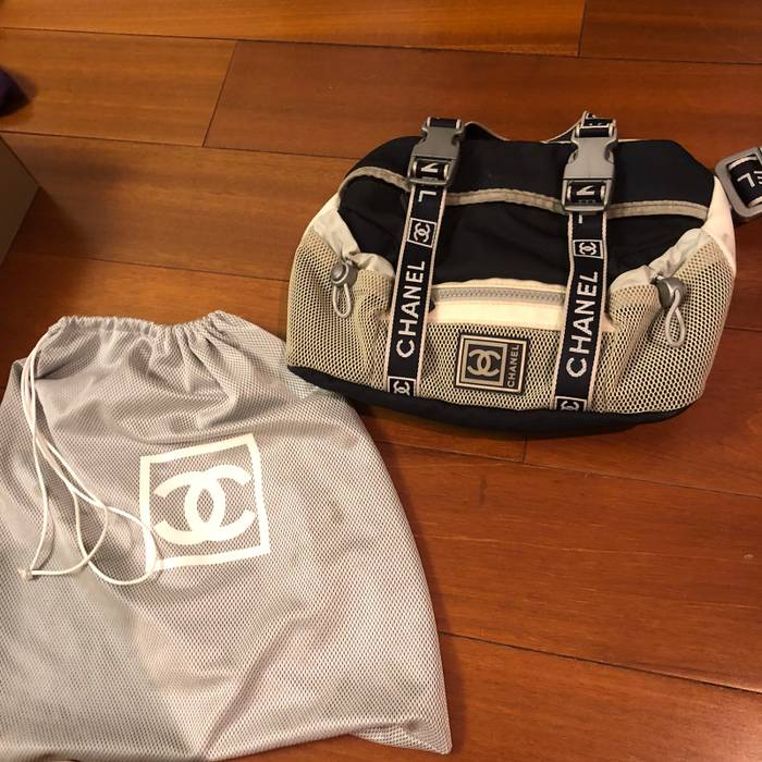 22cf978d927b Chanel Vintage Chanel Sports Waist Bag Size one size - Bags ...