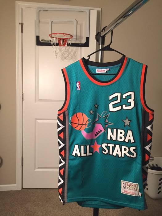 Mitchell   Ness 1998 NBA All Star Michael Jordan Jersey Size m ... 06ede206f