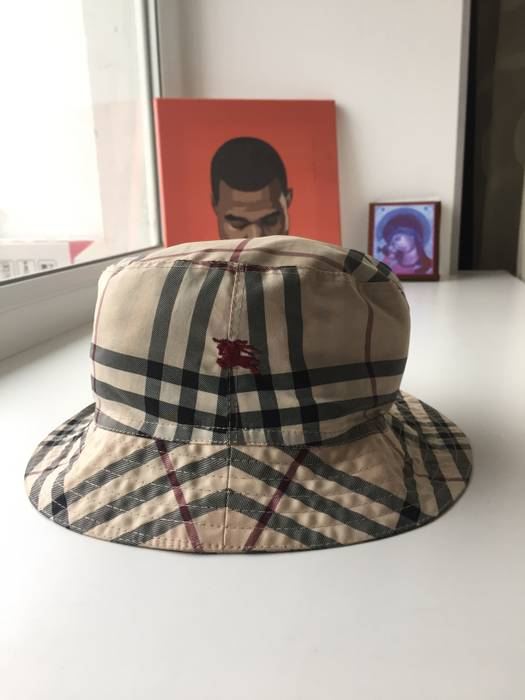 Burberry Vintage check bucket hat Size one size - Hats for Sale ... 8ca53fa95c9