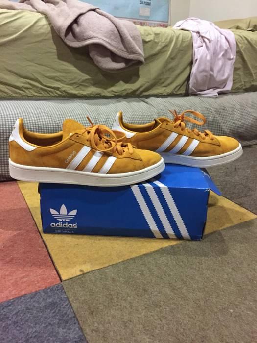 online store b8be4 676d3 Adidas Adidas Originals Campus Tactile Yellow White Chalk White Size US 10    EU 43 -