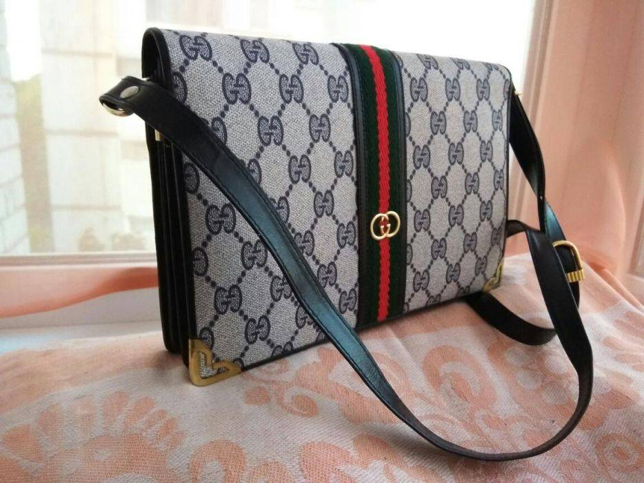 3d1338c8e9a Gucci Gucci bag Size one size - Bags   Luggage for Sale - Grailed
