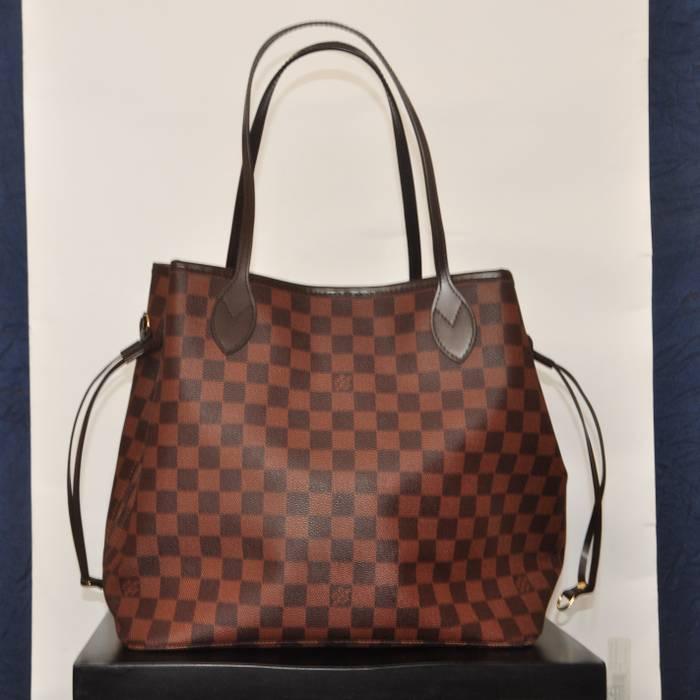 1fb044fc0d91 Louis Vuitton Louis Vuitton Neverfull MM Damier Ebene Handbag Size ...