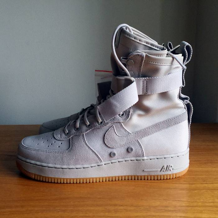 Nike Nike Special Field Air Force 1 String Gum 864024-200 SF AF1 Size 9.5 87131a922