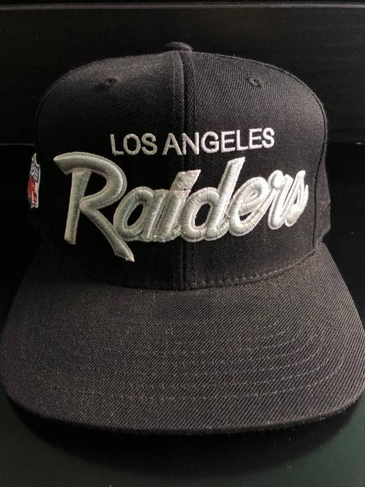 Mitchell   Ness Old school Raiders Script Font SnapBack Size ONE SIZE 339898d37