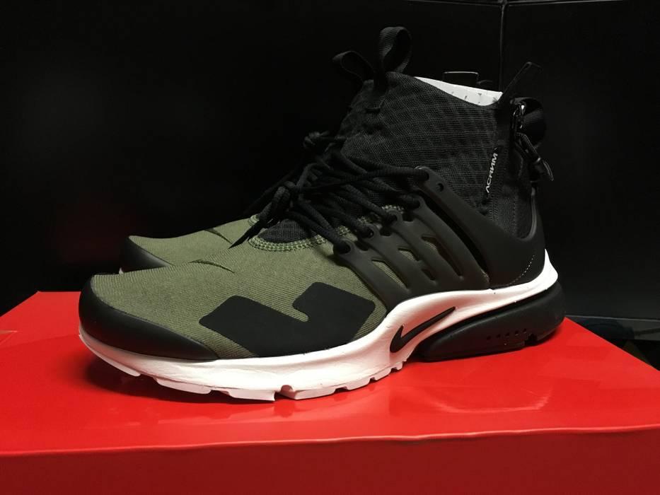 Nike ACRONYM x NIKE AIR PRESTO MID