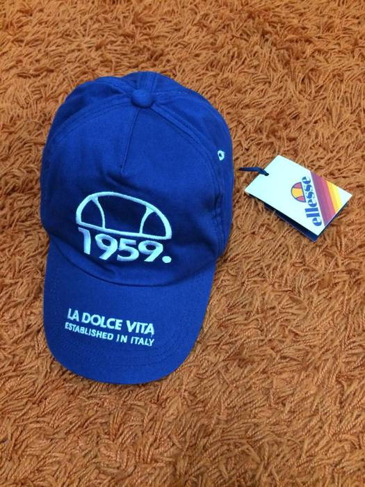 Italian Designers ellesse 80s casual Size one size - Hats for Sale ... 828a9d5c55c
