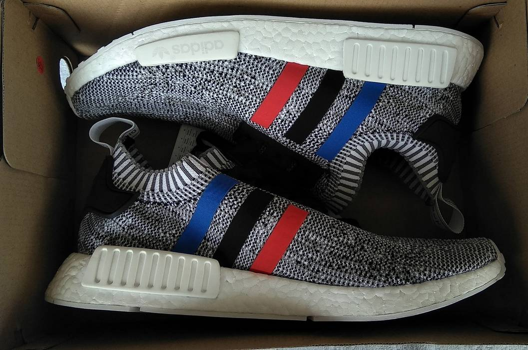 836266ae07f77 Adidas. ADIDAS NMD R1 PRIMEKNIT TRI COLOR STRIPES WHITE. Size  US 6.5 ...