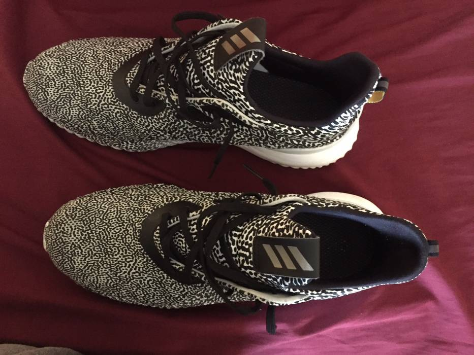 635aee51b5040 Adidas Alpha Bounce Size 11 - Low-Top Sneakers for Sale - Grailed