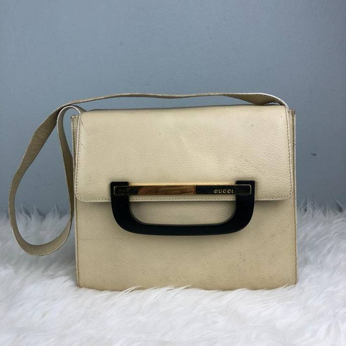 bd9ac40b178aa Gucci Authentic Gucci Cream Leather Shoulder Bag   Gucci Bag   Vintage  Gucci Bag   Gucci