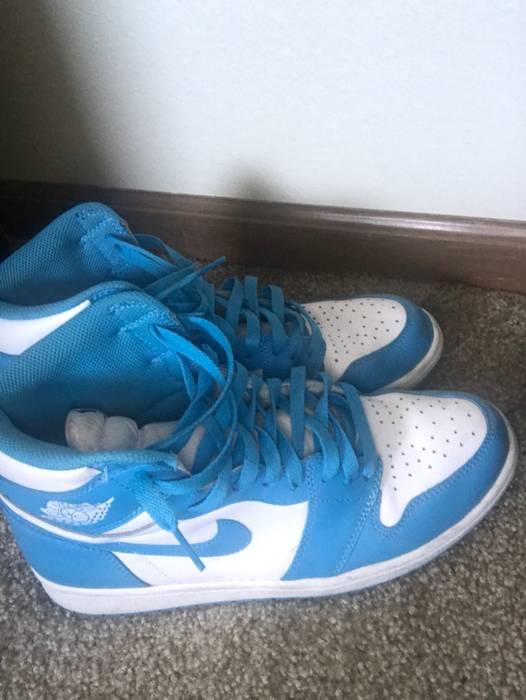 bb853e2a3c7e63 Jordan Brand Air Jordan UNC Retro 1 Size 9.5 - Hi-Top Sneakers for ...
