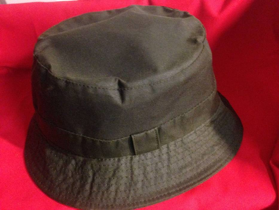 Barbour Green Waxed Cotton Bucket Hat Size one size - Hats for Sale ... 3675f3f7b972