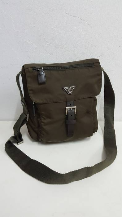 Prada Prada Nylon Slingbag Size one size - Bags   Luggage for Sale ... 7cf39b1247d43
