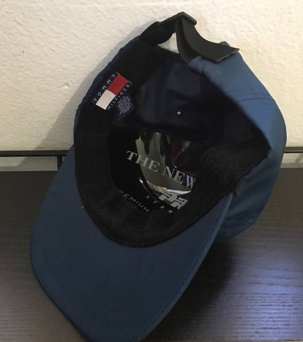 Vintage Vintage 90s Tommy Hilfiger 6 Panel Camp Hat Strap Back Size ONE  SIZE - 1 e38978ca30a