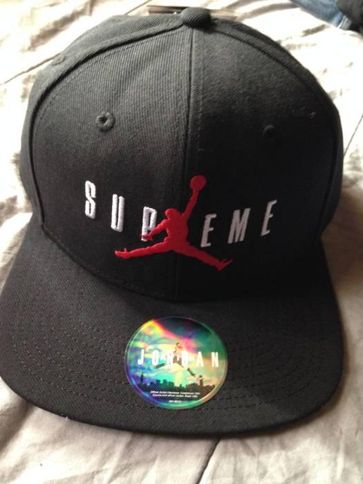Supreme Supreme x Jordan snapback Size one size - Hats for Sale ... 0072b23cde4