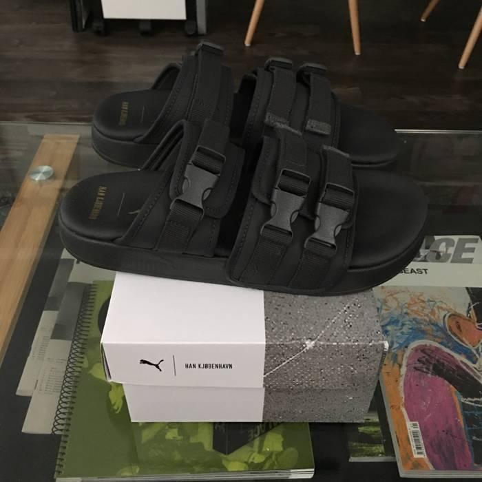 Puma Men s Puma X Han Kjobenhavn Leadcat YLM Sandals (Asphalt) Size US 10   604c8080b