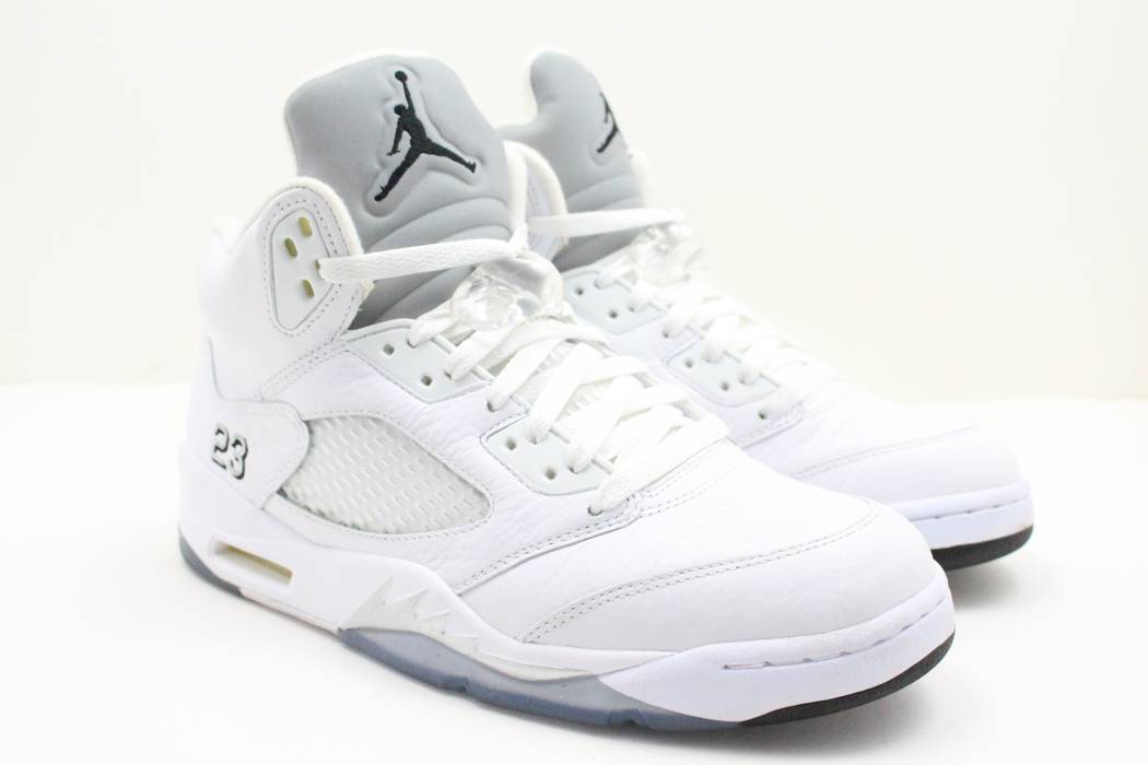 e2dfc65fdade Nike Nike Air Retro Jordan 5 White Metallic Size 9 - Hi-Top Sneakers ...