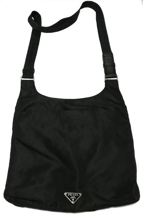 Prada 💥 Authentic Prada Milano shoulder bag . Size one size - Bags ... 08454005ad937