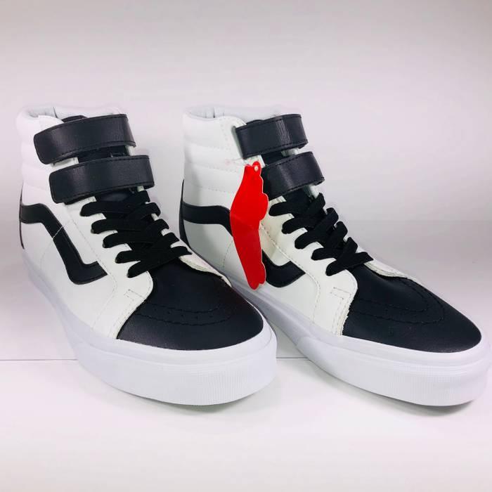 Vans Vans SK8 Hi Classic Tumble Leather White   Black Sneakers Size ... 24d3a9fdf21b