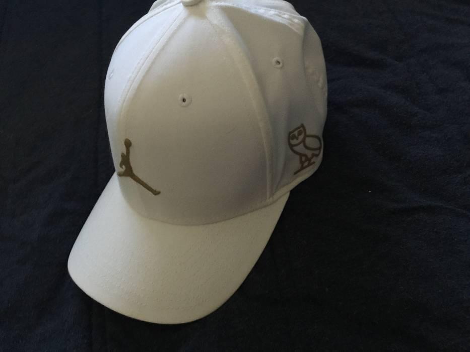 2fe0361a76d ... low cost jordan brand white jordan ovo hat size one size 59761 c8672