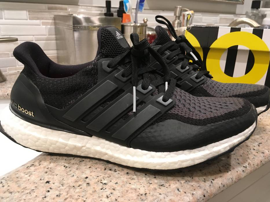 e288ce04e23 Adidas UltraBoost 2.0 Black Grey ATR (AQ5954) Size 7 - Low-Top ...