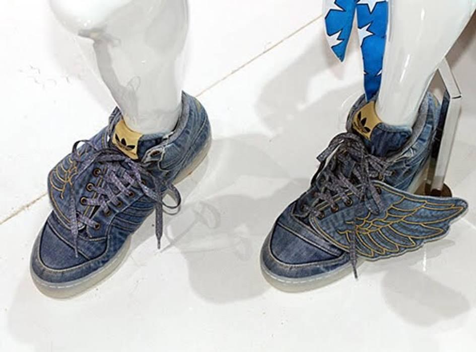 huge discount 3d5a8 d57ad Adidas Jeremy Scott x adidas Originals JS Wings – Denim Size US 9.5   EU 42