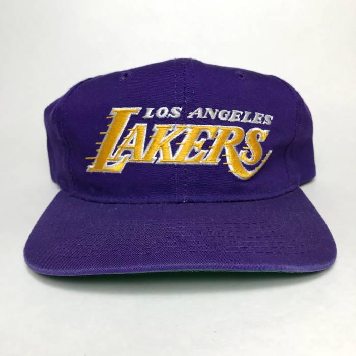 Starter Vintage LA Lakers Snapback Size one size - Hats for Sale ... 055f9855550