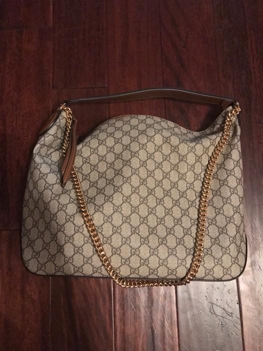Gucci Gg Supreme Large Hobo Bag