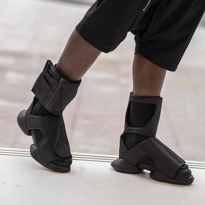 e9b40924dbea Adidas Rick Owens x Adidas Cargo Sandals Size 8 - Sandals for Sale ...