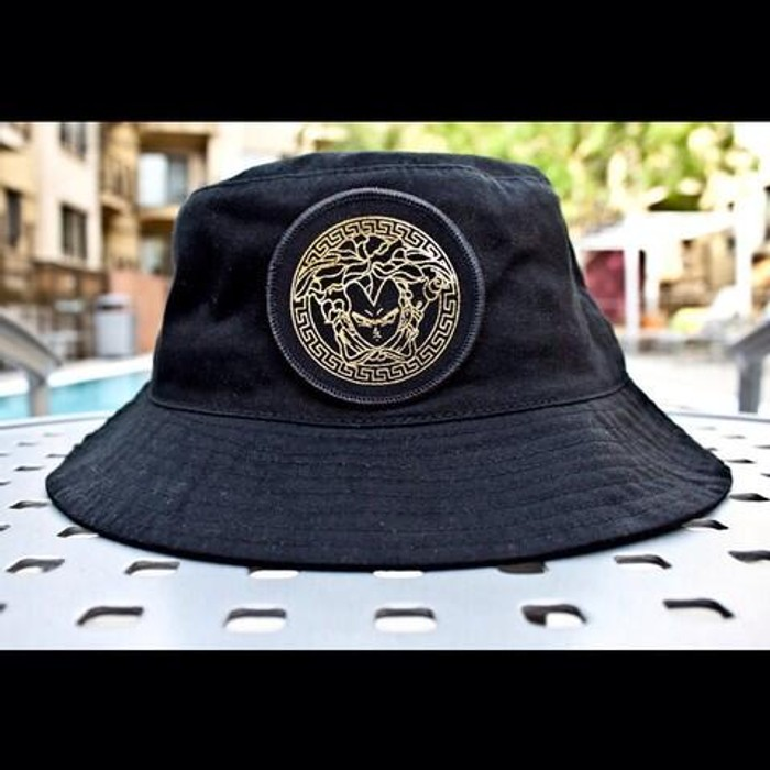 ed7083b14a2f9 Aintnobodycool Vegeta Versace Bucket Hat Size one size - Hats for ...