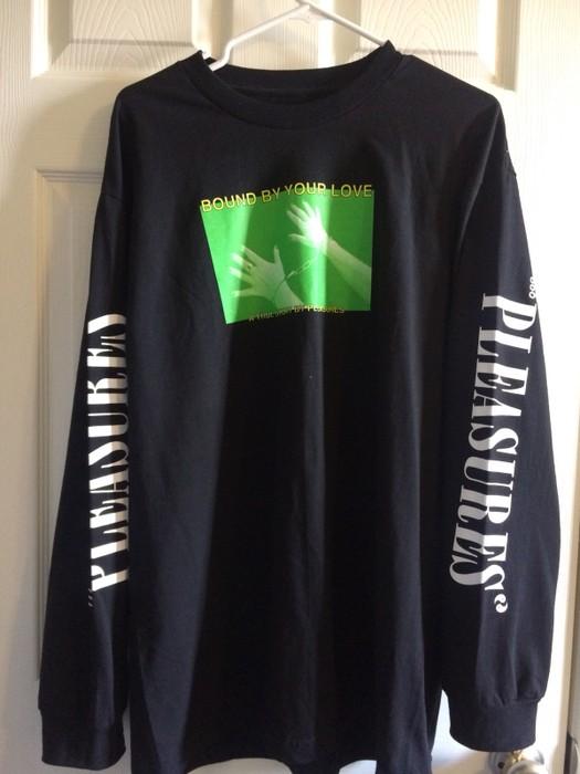 26d18d080 Pleasures Depop Complexcon Exclusive Size l - Long Sleeve T-Shirts ...